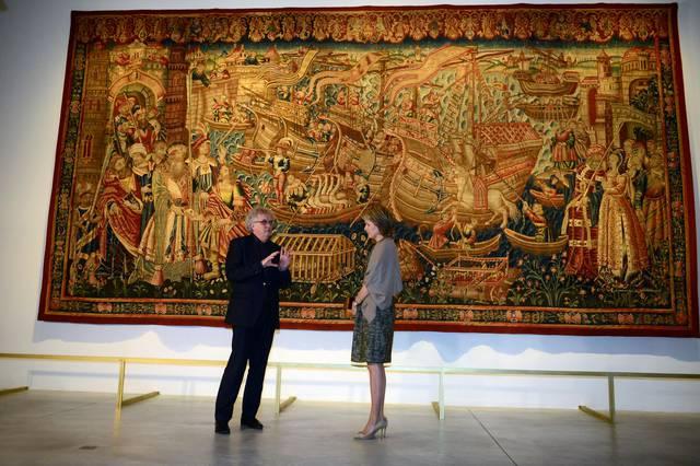 koningin Mathilde bezoekt Museum in Leuven (tekst Andreas). bij het wandtapijt